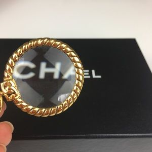 Chanel vintage gold toned necklace